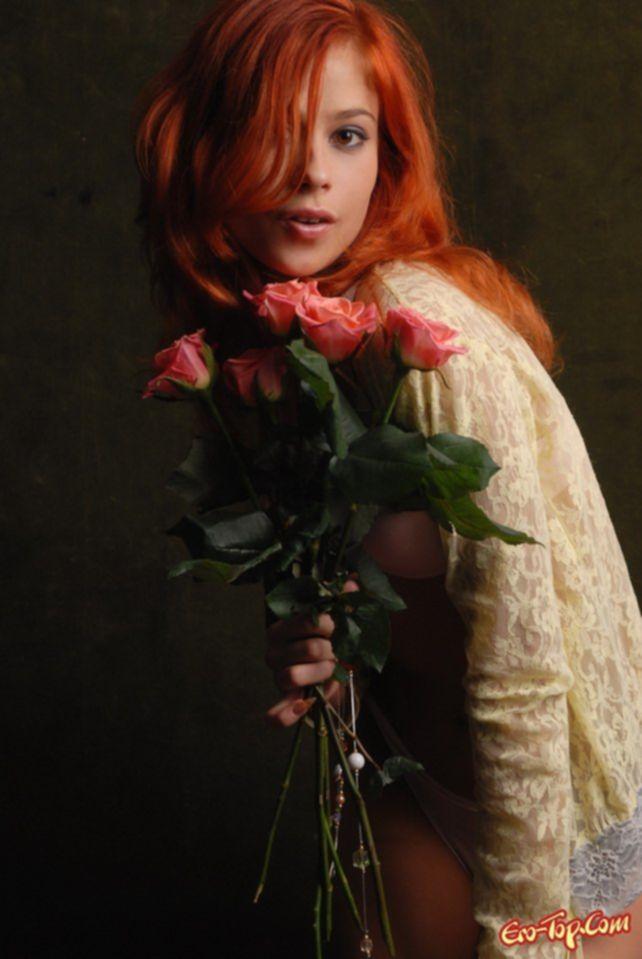 Фото рыжей девушки