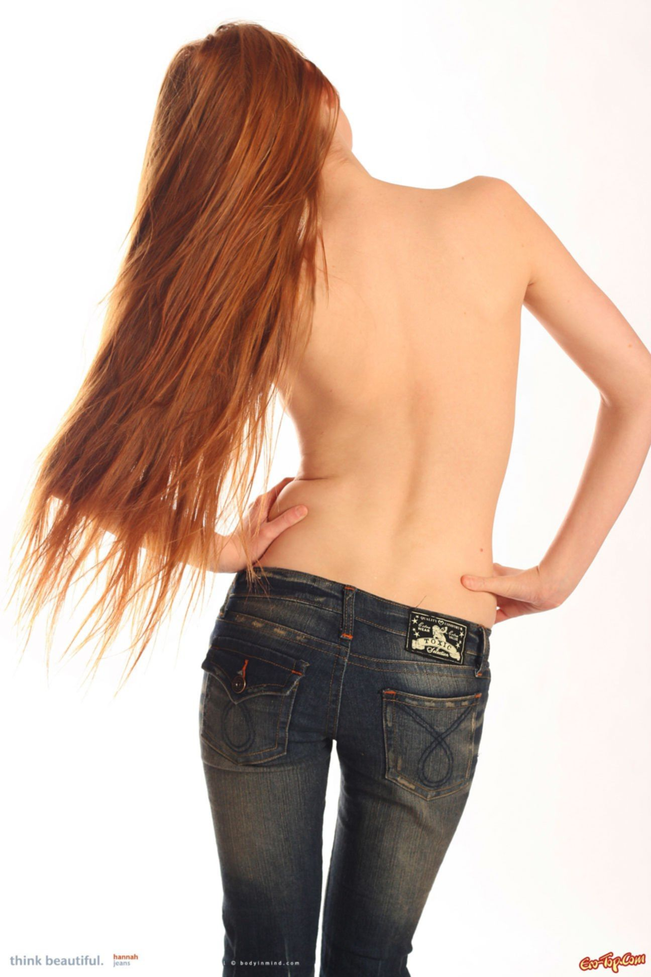 Рыжая Ханна в джинсах » Эротика. Смотреть фото красивых голых девушек бесплатно
